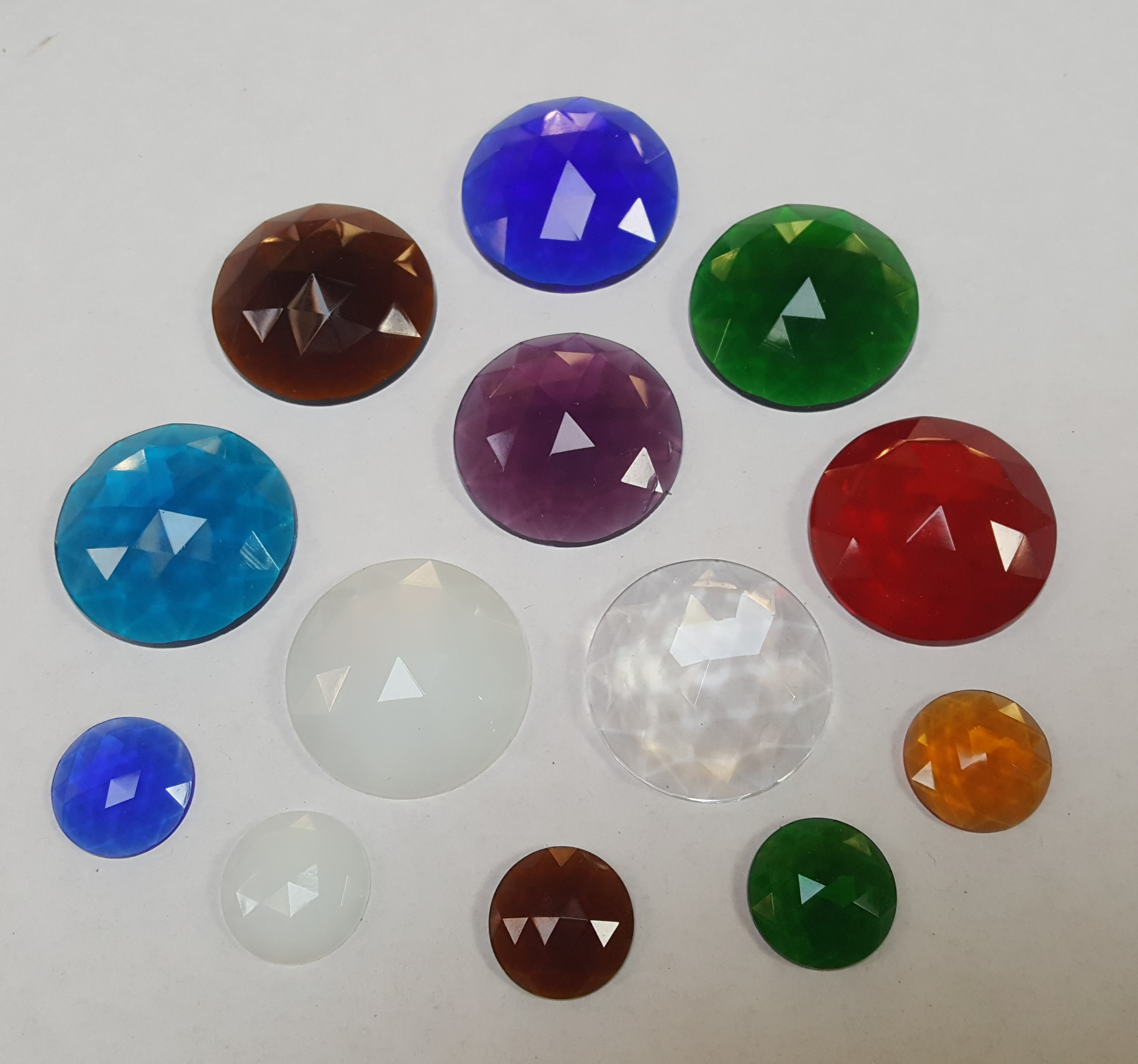 Round Faceted Jewels
