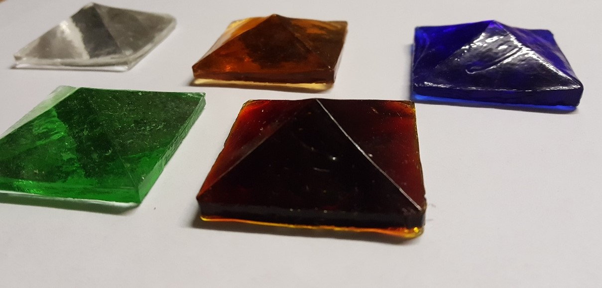 Cast Glass Pyramids 40mm